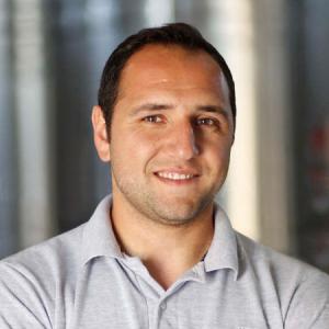 Gustavo Ozamis  Enólogo